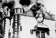 180px-Burning_Synagoge_Kristallnacht_1938