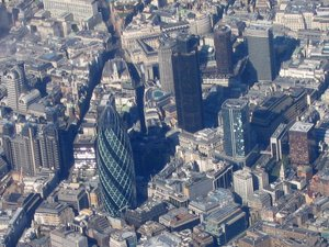 Aerial_view_of_the_city_of_london_2