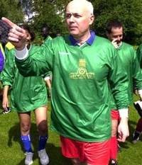 Ids_playing_football_2